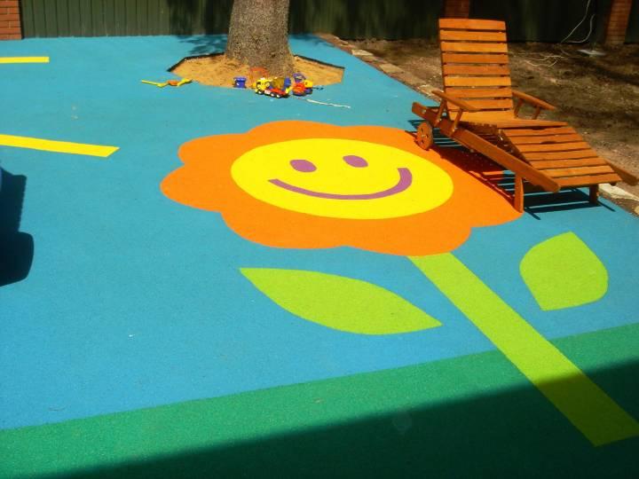 Детские площадки Владивостока могут оказаться вредными для здоровья