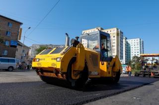 Фото: vlc.ru | На улицах Владивостока продолжается ремонт дорог