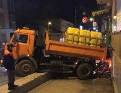 Пострадавшие в ДТП на Семеновской магазин и авиакасса будут требовать компенсаций