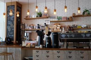 Фото: pixabay.com   «Может, заставили?»: в популярном приморском кафе ребенка застали за неприличным поступком
