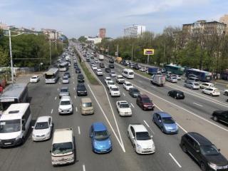 Фото: PRIMPRESS | Все колом: многокилометровые пробки сковали Чуркин, Вторую Речку и пригород Владивостока