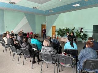 Фото: zspk.gov.ru | Приморский парламентарий провела встречу с общественностью на актуальные темы