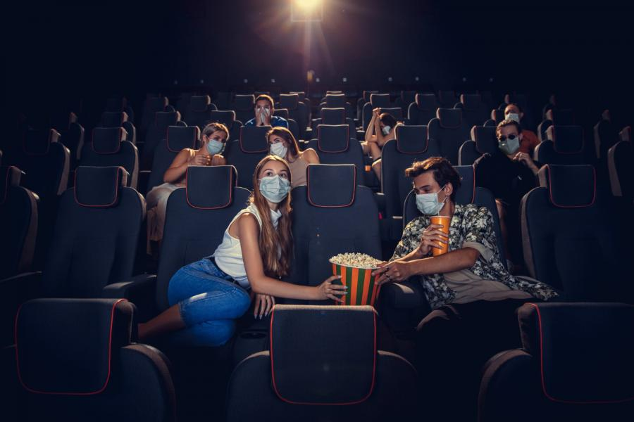 «Больше часа ждали»: в Сети пожаловались на популярный во Владивостоке кинотеатр