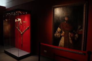 Фото: Екатерина Дымова / PRIMPRESS   Во Владивостоке открылась выставка «Романовы. От царя до императора. Из собрания Музеев Московского Кремля»