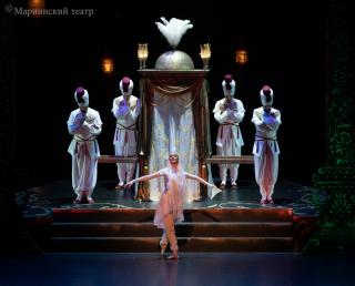 Фото: Приморская сцена Мариинского театра | Гастроли балета Приморской сцены Мариинского театра в Казани прошли при поддержке Сбербанка