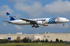 Неподалеку от Греции пропал самолет, Днепропетровск переименовали