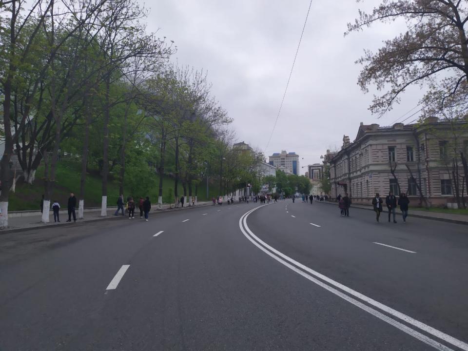 «Зачем людей накалять лишний раз?»: горожан возмутили перекрытия дорог ради забега