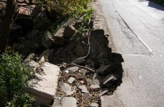 Фото: PRIMPRESS | Фото: приморцы ужаснулись состоянием дороги, по которой даже таксисты не ездят