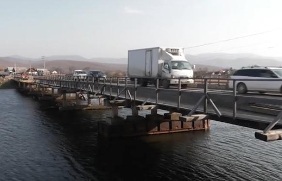 Открыто двустороннее движение по мосту в поселок Преображение
