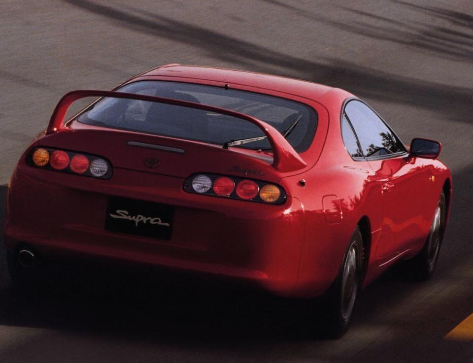 Toyota обрадовала поклонников популярного в Приморье автомобиля