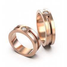 Фото: freepik.com | Купить обручальное кольцо недорого в ювелирном интернет-магазине