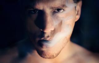 Фото: pixabay.com   Россияне смогут требовать компенсацию от курящих соседей