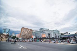 Фото: PRIMPRESS | Врио главы Владивостока намерен сделать платной парковку на улицах в центре города