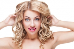 Фото: pressfoto.ru | Тест PRIMPRESS: блондинка устроила ДТП