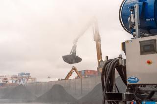 Фото: PRIMPRESS | Перевалка угля может быть безопасной