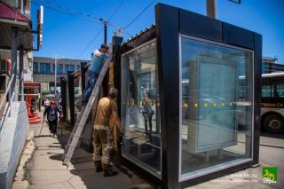 Фото: Анастасия Котлярова / vlc.ru   «Умные остановки» во Владивосток подключают к электричеству и Интернету