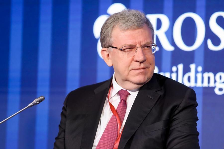 Глава Счетной палаты РФ: «Каждому россиянину скоро будут выдавать деньги»