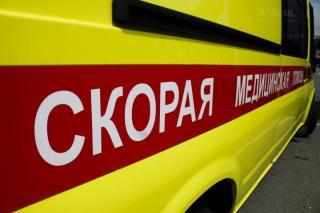 Фото: PRIMPRESS | В Приморье раненый водитель внедорожника врезался в скорую