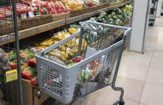 Фото: PRIMPRESS | «Люди уже делают запасы». Шесть продуктов питания подорожают с 15 июня на 2–15%
