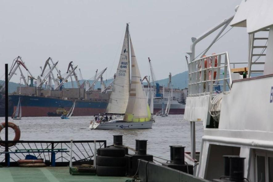 Во Владивостоке начались всероссийские соревнования по парусному спорту