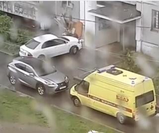Фото: скрин из @dps_vl | Водитель «Лексуса» отказался пропускать скорую помощь во Владивостоке
