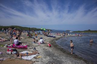 Фото: Анна Шеринберг / PRIMPRESS | Роспотребнадзор: названы пляжи Владивостока, на которых можно купаться
