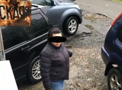 Ожесточенная битва за парковку развернулась во Владивостоке