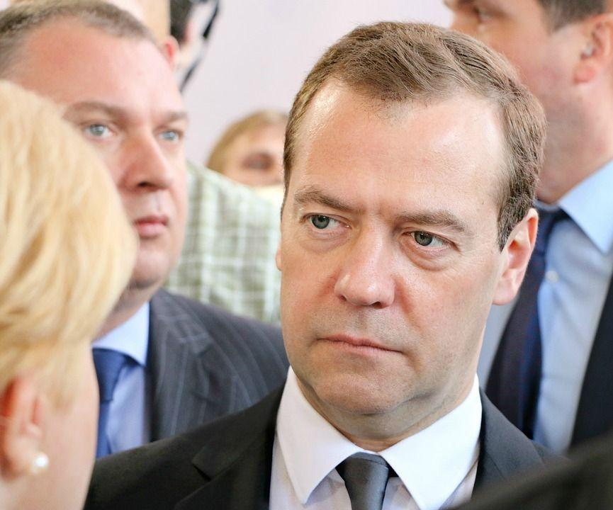 Медведеву не нравится ситуация с бензином на Дальнем Востоке