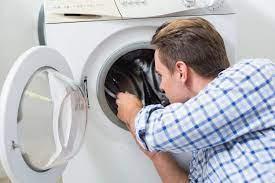 Фото: freepik.com   Услуги по ремонту стиральных машин