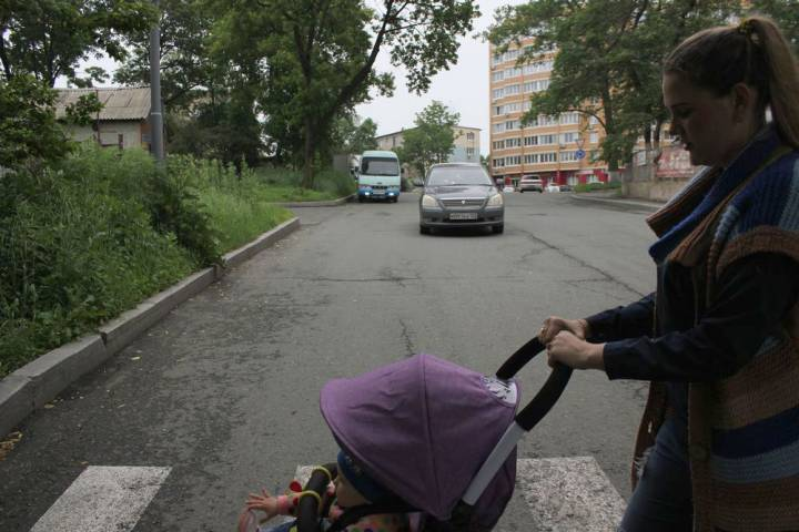 Личный опыт: как городская инфраструктура противостоит материнству