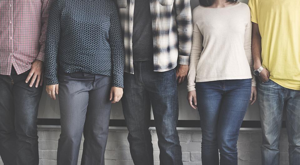 Блеск и нищета владивостокской молодежи: как вступать во взрослую жизнь?