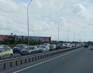 Фото: скриншот dpskontrol_125rus | Жесткие пробки сковали аэропортовскую трассу в Приморье