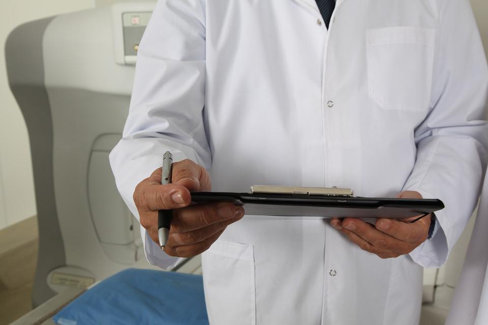 В Приморье 25 врачей удостоены звания «Отличник здравоохранения»