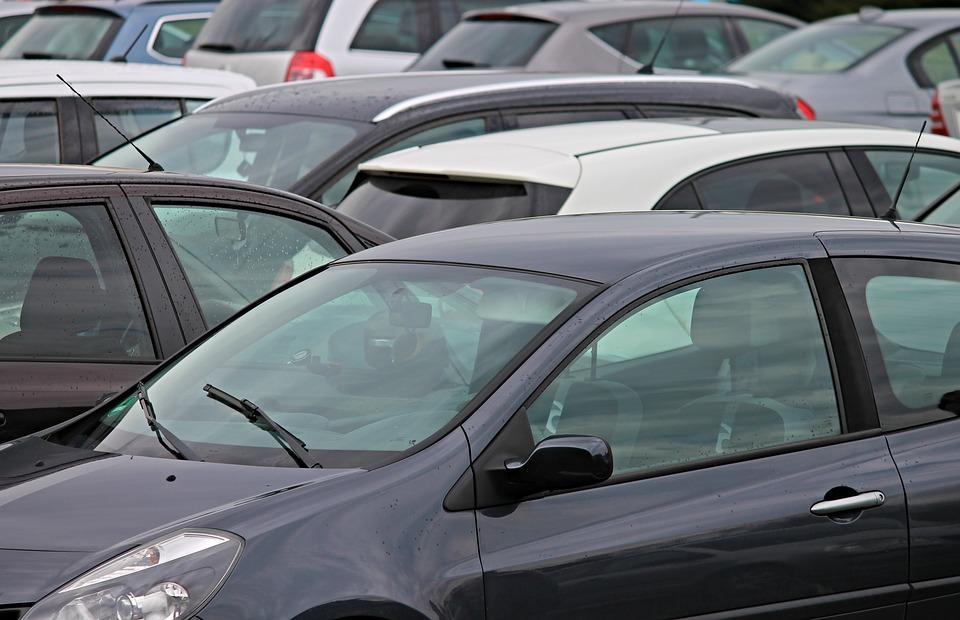 Страх лишиться автомобилей заставил жителей Приморья погасить долги