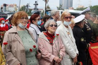 Фото: PRIMPRESS / Софья Федотова | День памяти и скорби во Владивостоке ознаменовался торжественным шествием
