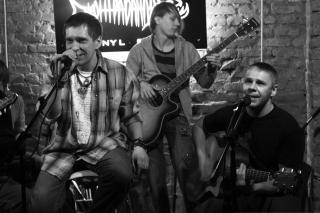 Фото: Екатерина Дымова / PRIMPRESS | Рок-группа из Владивостока приняла участие в записи звездного сборника ко Дню Победы