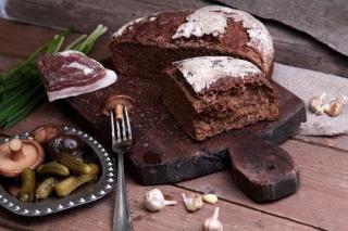 Фото: tablicakalorijnosti.ru   Черный хлеб: полезно или вредно