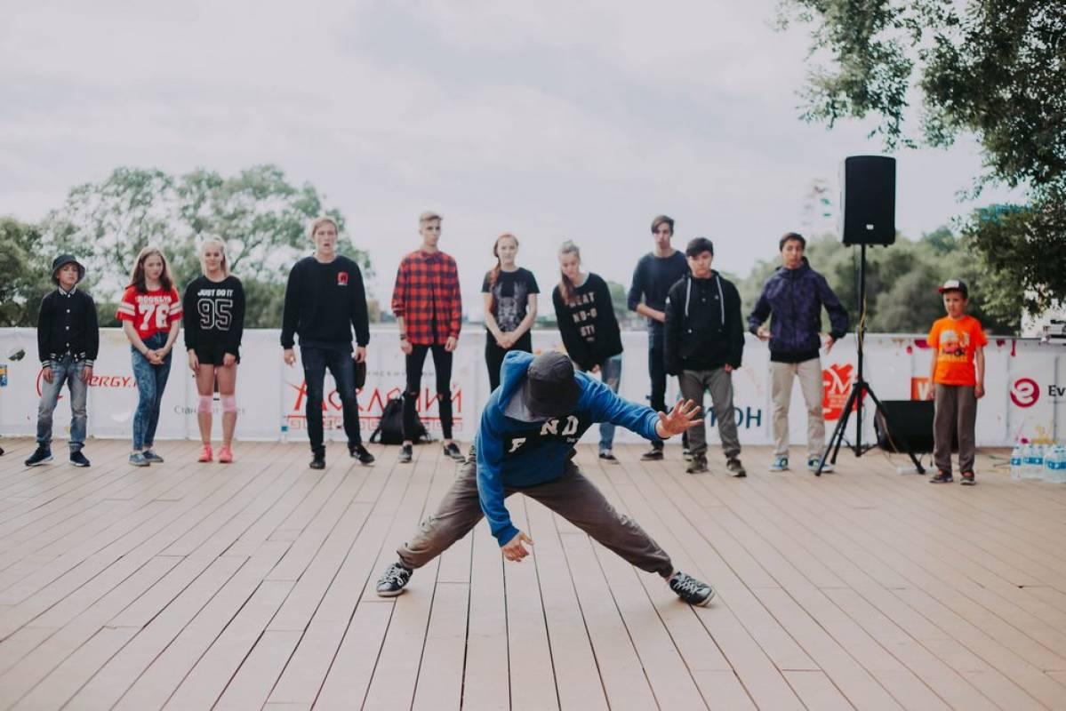 Второй этап фестиваля уличных танцев Street Air прошел во Владивостоке