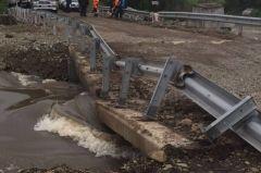 По мосту через Кроуновку пустили легковые автомобили и пешеходов