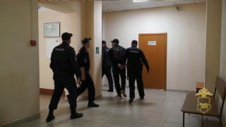Фото: 25.мвд.рф | Участник резонансной перестрелки на улице Добровольского заключен под стражу