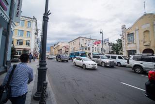 Фото: PRIMPRESS | «Работают прямо в центре»: неприятная ситуация случилась с автомобилистами во Владивостоке