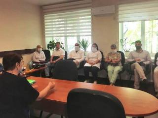 Фото: zspk.gov.ru   В Приморье парламентарий встретилась с медиками двух муниципалитетов