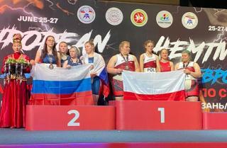 Фото: Федерация сумо Приморского края | Сумоистки из Приморья стали призерами чемпионата и первенства Европы