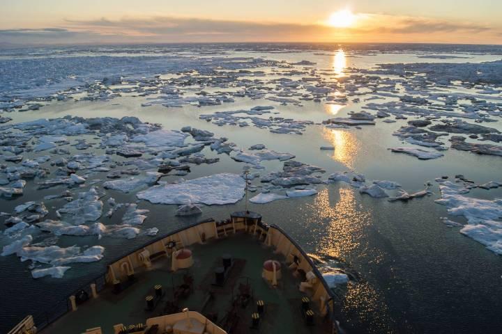 Путешествие в Арктику: море воды, льда и света