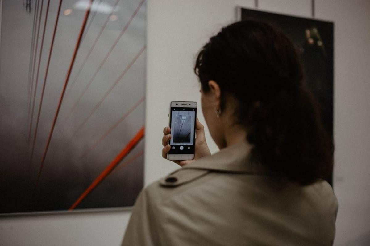 Во Владивостоке открылась выставка «Через пространство и время»