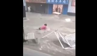 Фото: кадр из видео | Самый точный синоптик предрек Приморью ливень, затопивший Суйфэньхэ