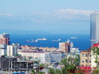 Фото: zspk.gov.ru | Поздравление с Днем города Владивостока от председателя ЗС ПК Александра Ролика