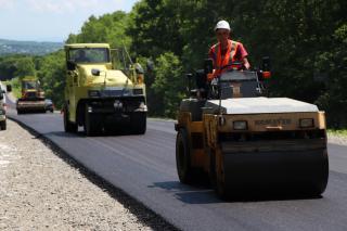 Фото: Екатерина Дымова / PRIMPRESS   В Приморском крае стремительно растут темпы дорожного ремонта и строительства