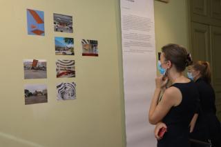 Фото: Екатерина Дымова / PRIMPRESS   «Триада: голос третьего»: концептуальный выставочный проект представили во Владивостоке