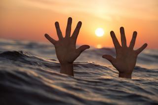 Фото: pixabay.com | «Он умер?»: тонущего мужчину сняли на видео на главном пляже Владивостока